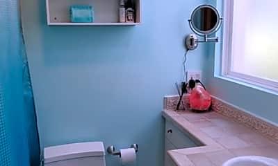 Bathroom, 1 Ironsides St 6, 2