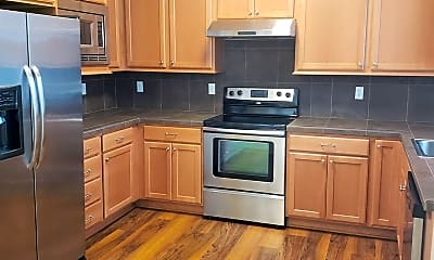 Kitchen, 2000 NW Talus Dr, 0