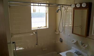 Bathroom, 62 Union St, 1