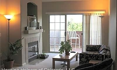 Living Room, 540 Mohawk Dr, 1