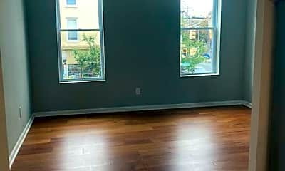 Living Room, 786 Washington Blvd 1, 1