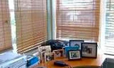 Living Room, 5034 W Warwick Ave, 2