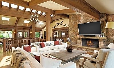 Living Room, 565 N Starwood Rd, 0