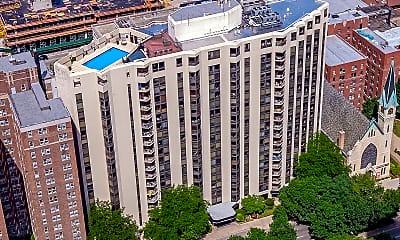Building, 1120 N Lasalle, 2