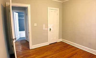 Bedroom, 4207 W Fullerton Ave, 2