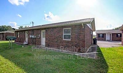 404 Thompsonville Ln, 1