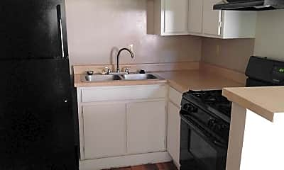 Kitchen, Waters Haven of Killeen, 2