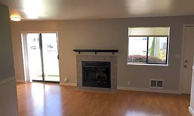 Living Room, 1612 201st Pl SE Unit 8B, 1