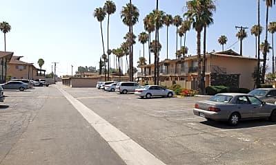 Del Rosa Isle Apartments, 2