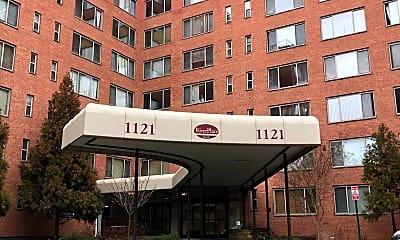 1121 Arlington Blvd 409, 0