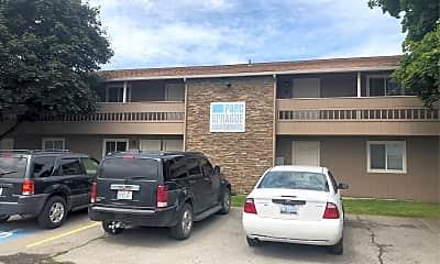 Parc Sprague apartments, 1