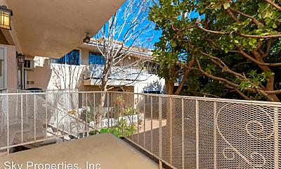 Patio / Deck, 445 E Magnolia Blvd, 1