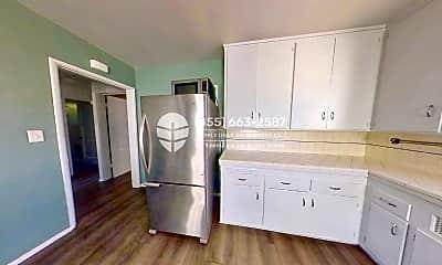 Kitchen, 2120 Ocean Park Blvd C, 0