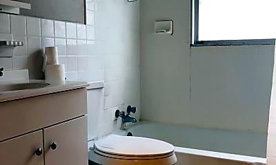 Bathroom, 3400 10th Ave S, 2