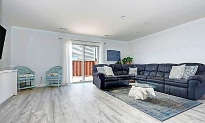 Living Room, 444 Berkshire Dr, 1