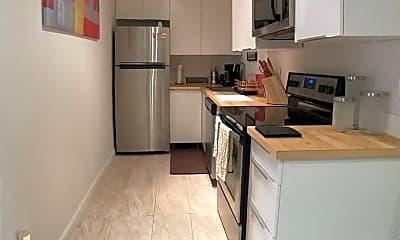 Kitchen, 2820 N Arcadia Ct, 2