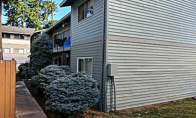 Six Quarters Apartments, 0