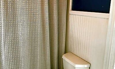 Bathroom, 674 Main St, 2