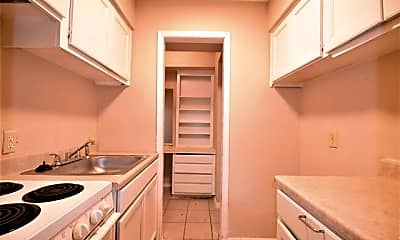 Kitchen, 3016 E Abram St, 1