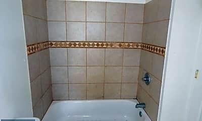 Bathroom, 428 E Lorraine Ave, 1