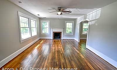 Living Room, 1539 Deep River Rd, 1