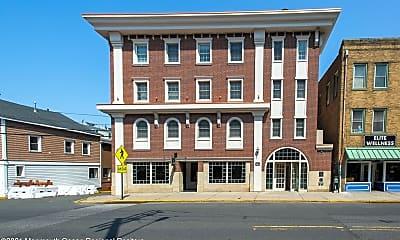 Building, 22 W Front St, 0