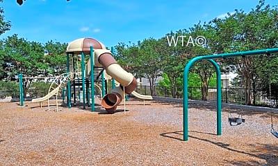 Playground, 16505 La Cantera Pkwy, 1