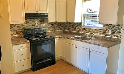 Kitchen, Eagleview Properties of Graham, 1