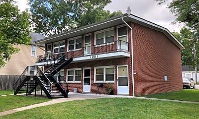 Building, 1201 Cincinnati St, 2
