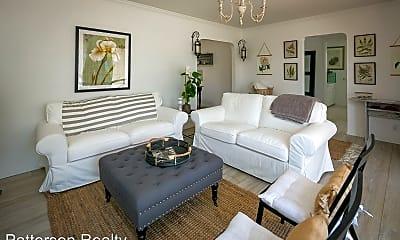 Living Room, 166 Pier Ave, 0