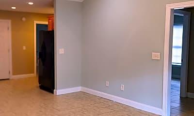 Living Room, 1401 Allies Ct, 2