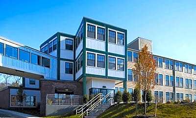 Residences at Riverwalk, 1