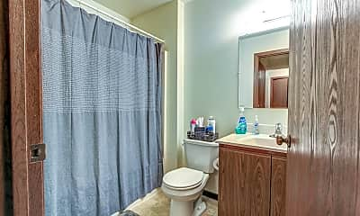 Bathroom, Forest Crest, 2