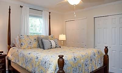 Bedroom, Briarwood House Apartments, 2