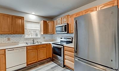 Kitchen, 710 E 56th St, 2