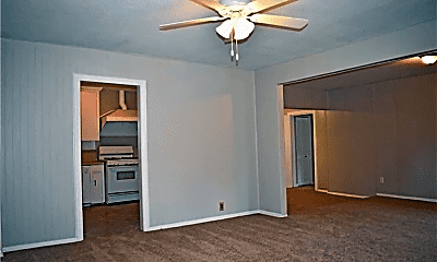 Bedroom, 1608 Maple Dr, 2