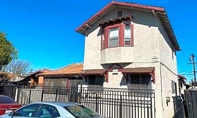 Building, 517 E 61st St 1/2, 0