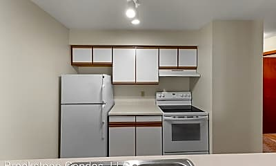Kitchen, 804 S Blue Mounds St, 1