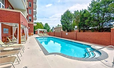 Pool, 3820 Roswell Rd 610, 2