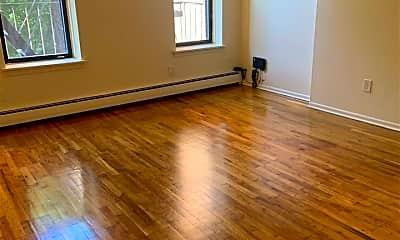 Living Room, 270 2nd St 3, 0
