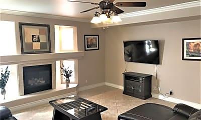 Living Room, 168 Gannett Peak Ct, 1