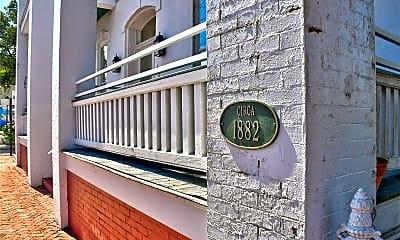 448 Dinwiddie St 102, 2