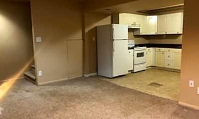 Kitchen, 4594 W Bingham Pl, 1