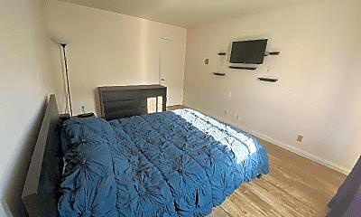 Bedroom, 3565 Linden Ave, 1
