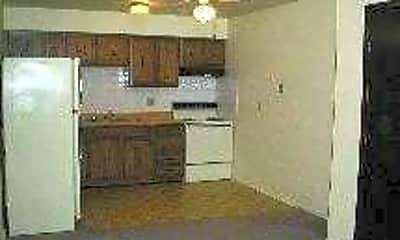 Daisy and Walnut Apartments, 2
