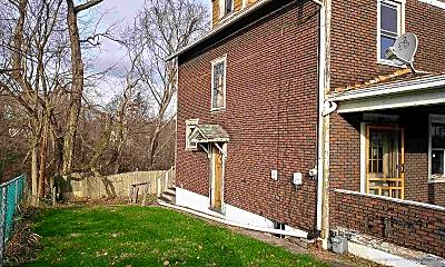Building, 804 Romine Ave, 1