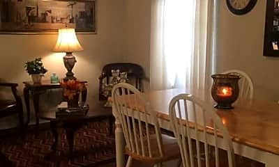 Dining Room, Meadowbrook Apartments, 2