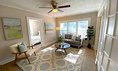Living Room, 301 N Gladstone Blvd, 1