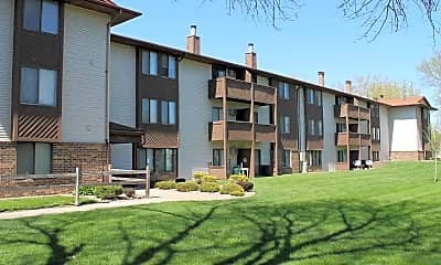 Parkway Apartments, 0