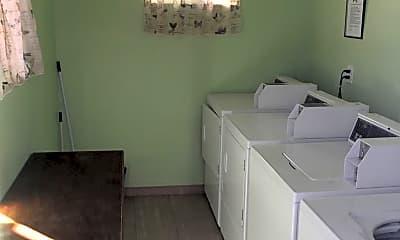 Bathroom, 241 S Weitzel St, 2